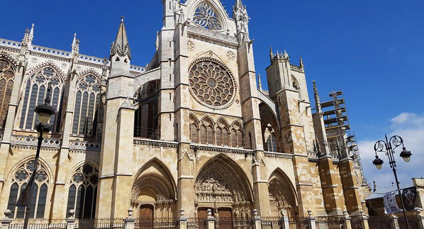 Cathedral of Leon on el Camino de Santiago