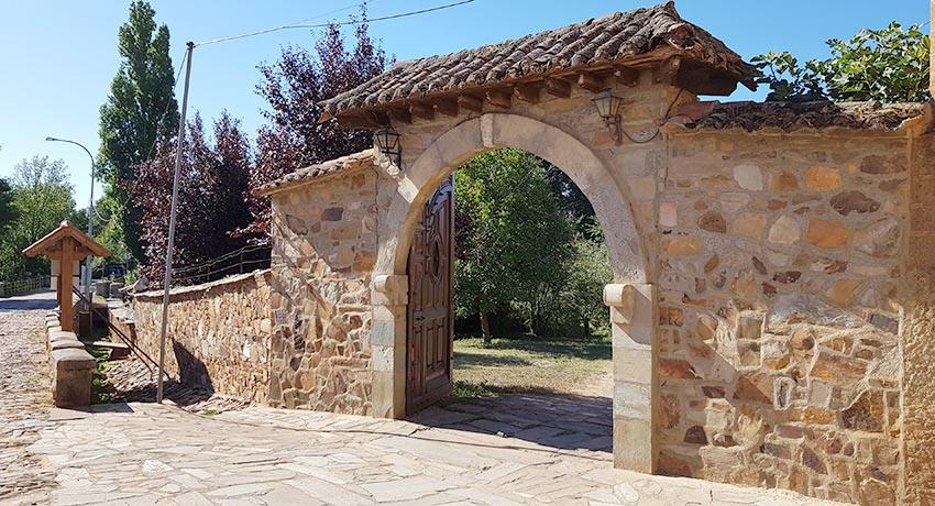 portal on the Camino Frances